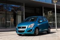 Modré Suzuki Splash