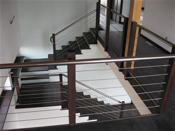 Dřevěné schody na zakázku - Pardubice