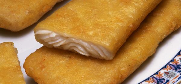 Obalované filety z hejka