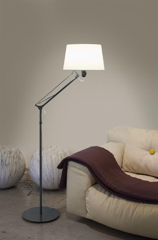 Stojací lampa Lektor
