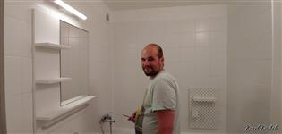 Renovované umakartové bytové jádro bez bourání předává Karel Koubek